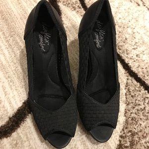 Black peep toe heels size 8